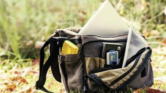 Fotosicherung für unterwegs: Cloud-Dienste und Hardware-Tipps