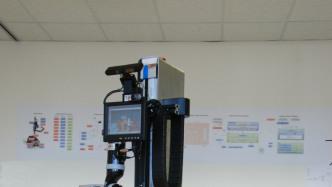 Marvin hilft Marvin: Körperbehinderte testen Pflegeroboter