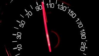 Autos könnten in Europa bald automatisch bremsen