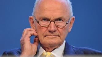Abgas-Skandal: VW-Aufsichtsrat legt sich mit ehemaligem Aufsichtsratschef Piëch an