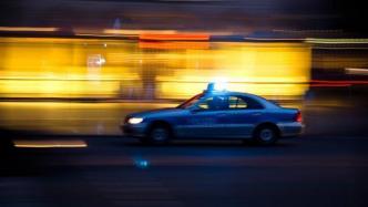 """Berliner """"Luftlöcher"""": 16.000 Handys für die Polizei?"""