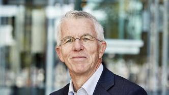 Straubhaar: Heutige Sozialstaat-Ausgaben würden für 925 Euro Grundeinkommen reichen