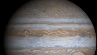 Kosmischer Geisterfahrer: Asteroid rast in Gegenrichtung nahe des Jupiters