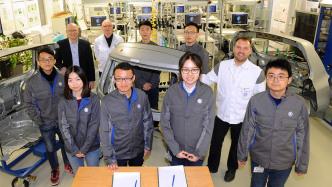 KI für Autos: Volkswagen gründet Joint Venture mit chinesischer Firma Mobvoi