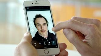 Adobe-Projekt bearbeitet Porträts mit KI