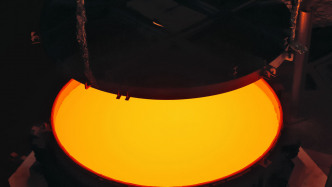 European Extremely Large Telescope: Riesiger Sekundärspiegel in Mainz gegossen