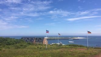 Nordsee-Insel Helgoland profitiert von weit im Meer liegenden Windparks