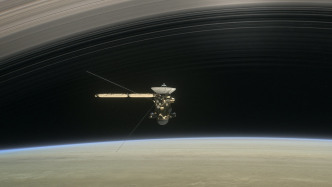 "Nasa-Sonde ""Cassini"" gibt Saturn-Mond Titan ""Abschiedskuss"""