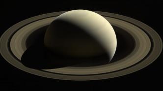 NASA-Sonde Cassini: Letzte Aufnahmen vor dem Verglühen am Saturn