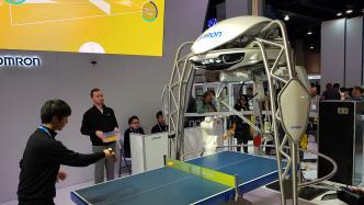 Tisch-Tennis-Trainingsroboter von Omron