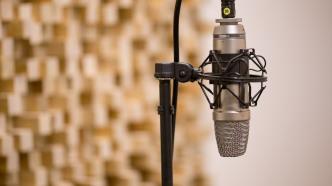 Schweizer entscheiden bei Volksabstimmung über Rundfunkgebühren