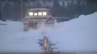 Elektroautos: Schweden eröffnet erste öffentliche Strecke mit Stromschiene