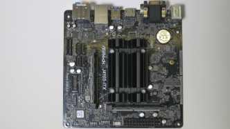 Asrock J4105-ITX mit Intel Celeron J4105