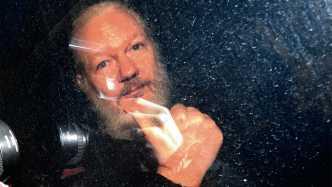 """Der Hash-Rebell: Was hinter dem """"US-Hack"""" von Julian Assange steckt"""