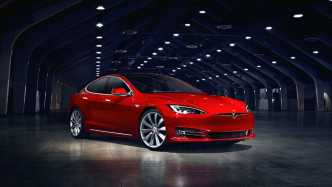 Tesla Motors Model S Modellpflege