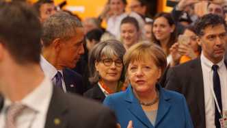 360-Grad-Videos: Virtuelle Messetour mit Kanzlerin Merkel und Obama