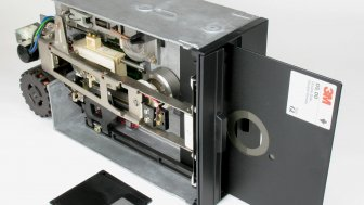 Laufwerk mit 8-Zoll-Diskette