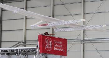 Carolo-Wilhelminchen - größtes Papierflugzeug der Welt