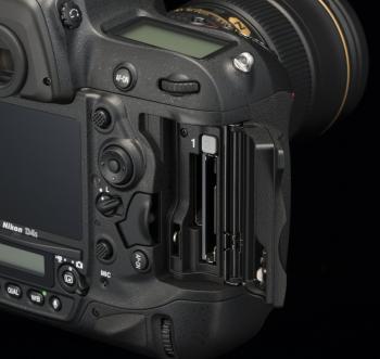 Nikon 4Ds