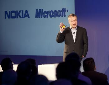 Stephen Elop kehrt mit der Übernahme des Nokia-Kerngeschäfts zu Microsoft zurück.
