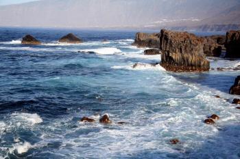 //commons.wikimedia.org/wiki/File:Coast_El_Golfo.JPG?uselang=de:Björn Hörnitz