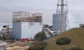 Die havarierten Reaktorblöcke 1 und 2 im Mai 2011