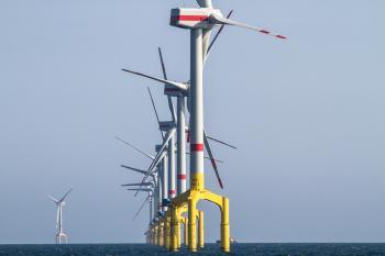 Offshore-Windkraftanlage.