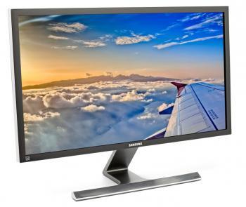 Samsungs U28D590D meldet sich an Grafikkarten als einzelnes 4K-Display an und nimmt so 4K-Signale per HBR2  als Single Stream entgegen.
