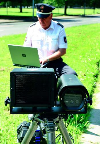 Kennzeichen-Scanner sollen das manuelle Ablesen bei der Berliner Polizei praktisch ersetzen.
