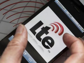 Handy zeigt LTE-Logo