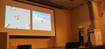 Kill Box zeigt das Kriegsgeschehen aus zwei Perspektiven. Einen Spieler versetzt es in die Rolle des Täters, den anderen in die Rolle des Opfers.