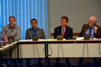 Steven Johnston (Kanada), Sebastian Schweda (EMR), Marc Rotenberg (USA) & Berlins Datenschutzbeauftragter Alexander Dix (v.l.n.r.)