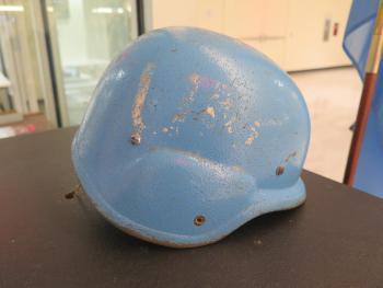UN-Helm