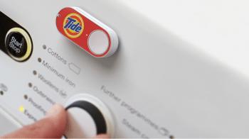 In Zukunft muss auf der Waschmaschine nicht mehr so ein Dash-Button angebracht werden. Die Funktion ist integriert, die Maschine verwaltet das Waschmittel selbst.