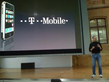 Steve Jobs stellt iPhone in Deutschland vor