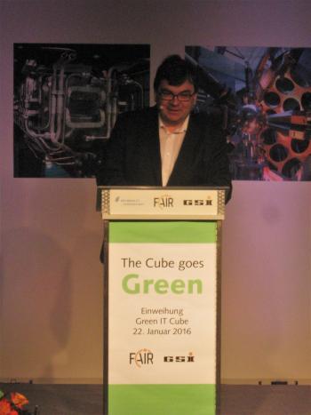Hocheffizienter Green IT Cube eingeweiht