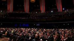 Im Publikum waren unter anderem Familienministerin von der Leyen und Wirtschaftsminister zu Guttenberg.