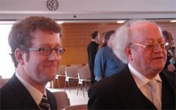 Die beiden erfolgreichen Beschwerdeführer, Ulrich Wiesner und sein  Vater, der emeritierte Politikwissenschaftler Professor Joachim Wiesner.