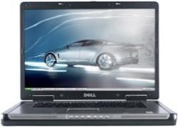 Precision M6300: Obwohl Dell schon 17-Zöller mit Ziffernblock anbietet, nutzt das M6300 das ältere Gehäuse mit einer einfachen Notebook-Tastatur.