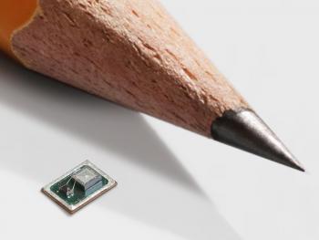 Mikromechanische Mikrofone sollen sprachgesteuerte Mobiltechnik robuster und effizienter machen