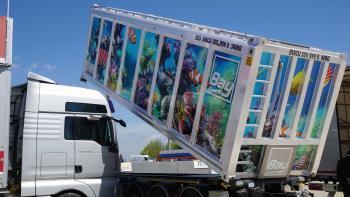 Keine Raketen-Abschussrampe, sondern ein Alubox-Container, den das Waiblinger Unternehmen Bay Logistik mit nach München gebracht hat.