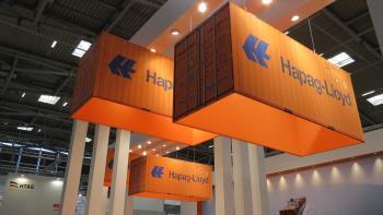 Standdeko des Hamburger Transport- und Logistikkonzerns Hapag-Lloyd