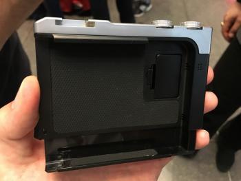 iPhone-DSLR: Pictar-Gadget hilft bei Einhand-Fotos