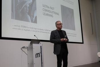 KI-Experte Prof. Mark Bishop von Goldsmiths, University of London, eröffnete Anfang Oktober die M³ mit seiner Keynote.