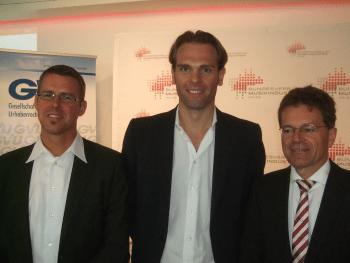 Matthias Leonardy (GVU), Florian Drücke (Bundesverband Musikindustrie), Alexander Skipis (Börsenverein des deutschen Buchhandels) (v.l.n.r.)