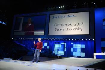 Steven Sinofsky, Chef der Windows-Sparte, verkündet den Release-Termin von Windows 8