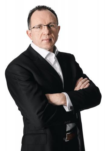Roland Schweyer, Director IT Cluster Samsung