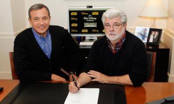 George Lucas und  Robert A. Iger (links) vereinbaren die Übernahme von LucasFilm durch Disney
