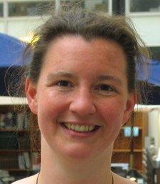 """Tanja Lange gehört zu den renommiertesten Kryptoforscherinnen aus Deutschland. Sie promovierte 2002 an der Universität Essen mit einer Arbeit über """"Fast Arithmetic on Hyperelliptic Curves"""" und arbeitet derzeit als Professorin an der Technischen Universiteit Eindhoven."""