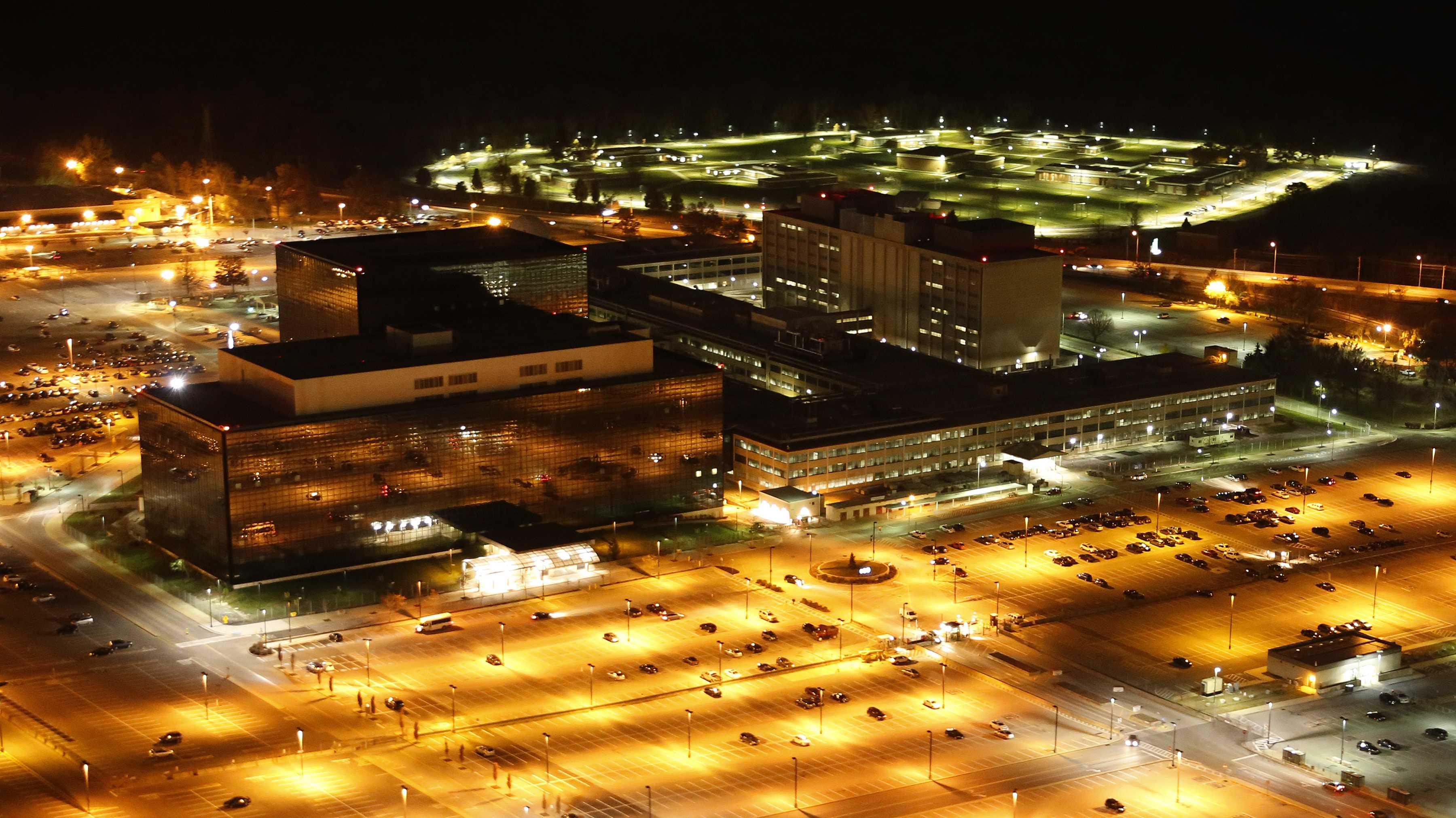 Datendiebstahl: Ex-NSA-Mitarbeiter zu neun Jahren Gefängnis verurteilt